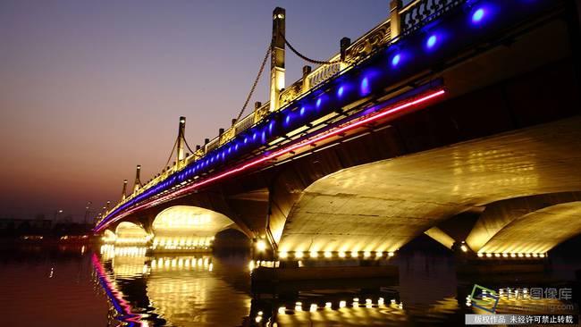 京杭大运河北京段新年彩灯旖旎