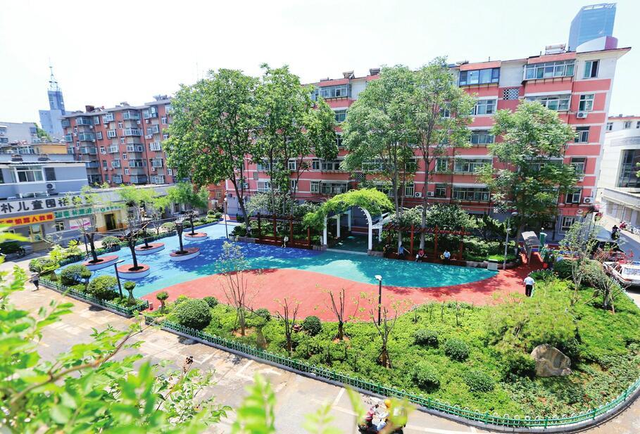 济南十亩园中心广场 绿化提升好靓丽