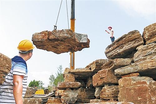 商丘睢阳区儿童乐园假山正在施工