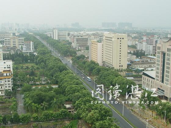 人民大道/备受港城人关注的人民大道改造工程量已经完成六成