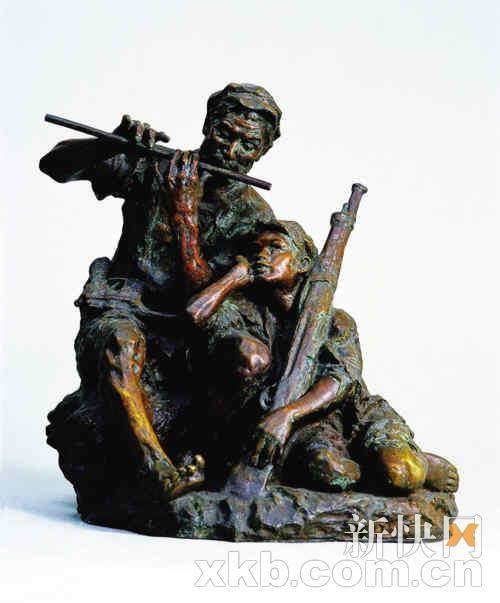 展览共展出了潘鹤一生雕塑代表作品图片13幅和原作3件,油画3幅,水彩画