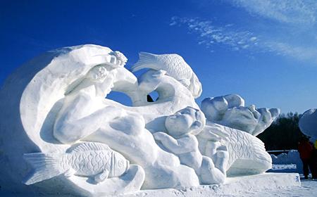 哈尔滨太阳岛雪雕作品开始创作