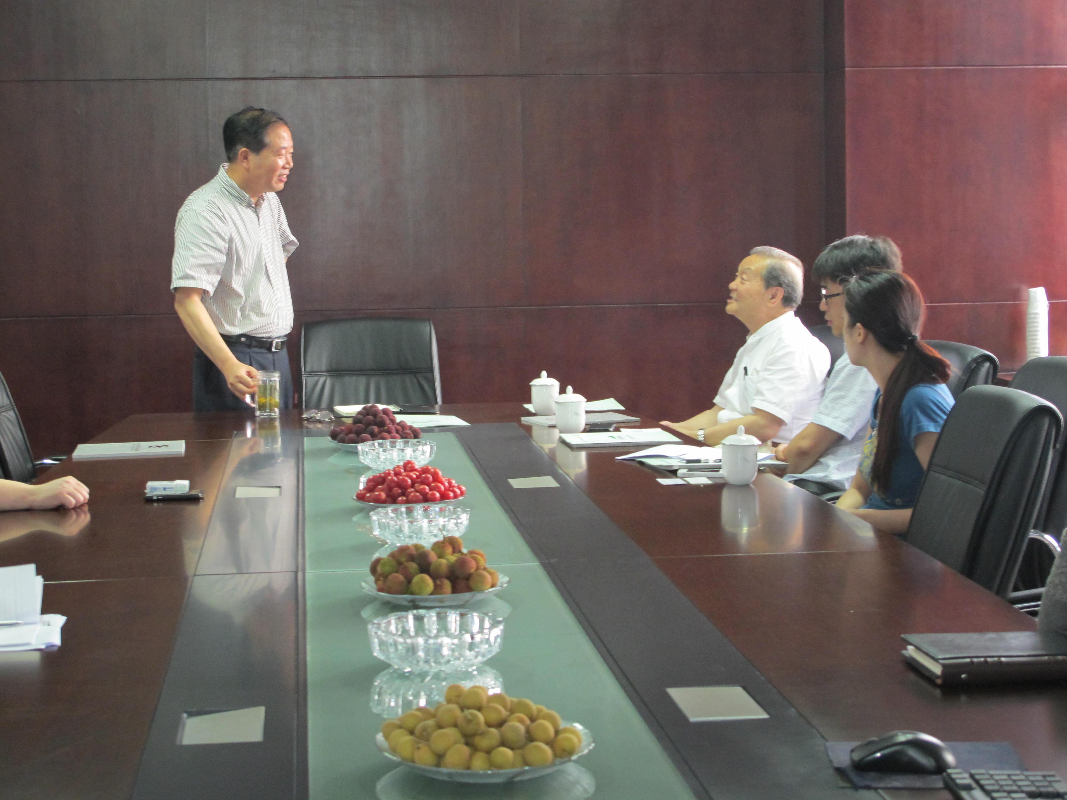世界立体绿化协会副主席王仙民到中国园林网莅临指导