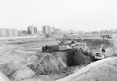 城市一隅,一片污染土地正在被修复
