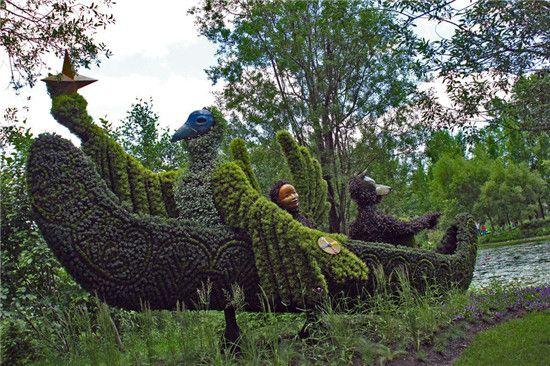 蒙特利尔立体花坛展 雕塑与园艺的完美融合