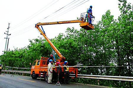 推荐阅读: 江苏:清浦航运路60多棵行道树集体枯死 天津:南开快速路