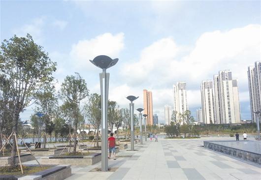 襄阳紫贞公园将装200余组路灯