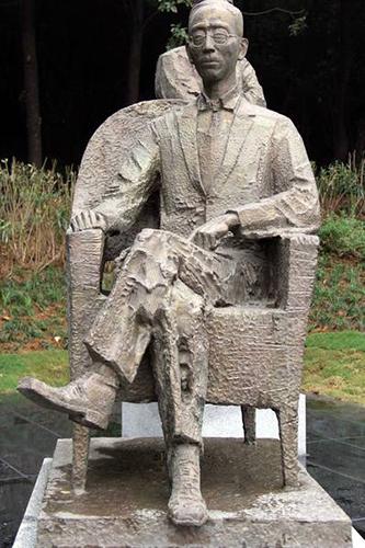 安徽芜湖雕塑公园里《文化生态 文人中国》雕塑