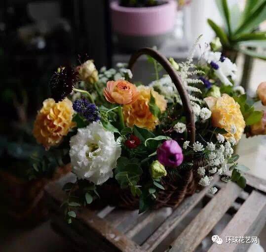儿美美的韩式花篮
