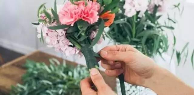 插花体验:新娘手捧花制作
