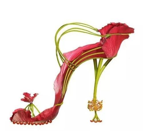一年一度的情人节马上就要到了,如果你还是停留在送玫瑰花,巧克力这些图片