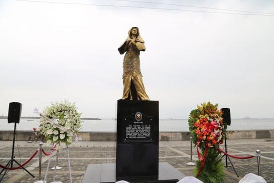 日向菲施压 要求拆除慰安妇雕像