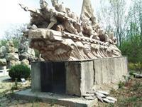 银川:公园雕塑损坏严重 快修