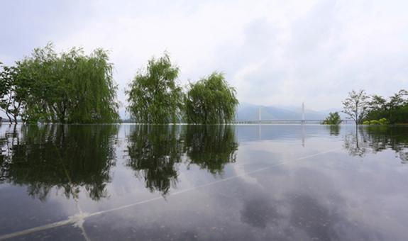 添彩富春江畔再现生态自然