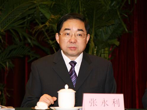 张永利:全面提升部门绿化美化水平